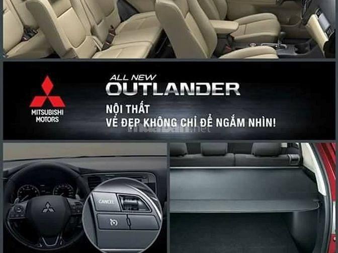 Bán xe Outlander 2.4L, 7 chỗ bản Full Option, xe 2 cầu cao cấp nhất