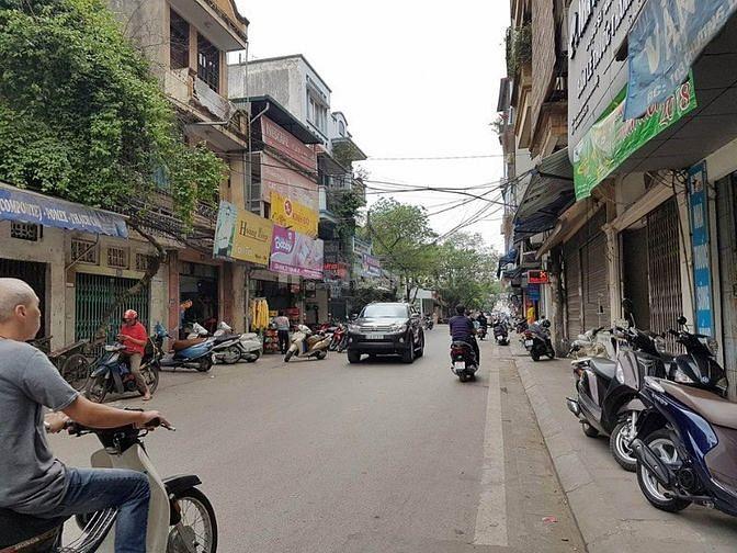 Mặt phố Bạch Đằng, Hoàn Kiếm, 70m2, 3 tầng, MT 8m, 10.9 tỷ - Hà Nội