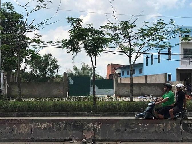 Chuyển Nhượng QSDĐỞ MT Tỉnh Lộ 10, 1.100m2, 27 tỷ, xã Lê Minh xuân, BC
