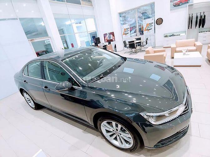 Volkswagen Passat trải qua 7 thế hệ và tuổi đời 40 năm tính cho đến