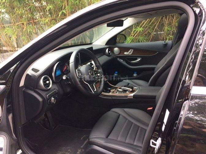Bán Mercedes-Benz C200 Exclusi, màu đen xe cũ chính hãng, giá 1.599 tỷ