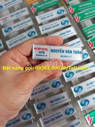 Thẻ tên nhân viên làm theo yêu cầu tại Quận Thanh Xuân