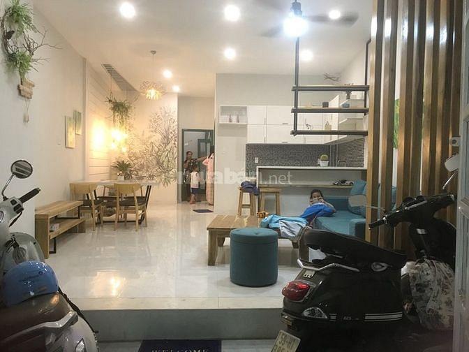 Bán gấp nhà 71/8 Nguyễn Trãi, phường Bến Thành, Q1
