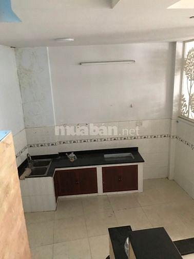 Cho thuê nhà hẻm 78 Khánh Hội Q4. 5,5x9, 1T 1L, 13tr/tháng
