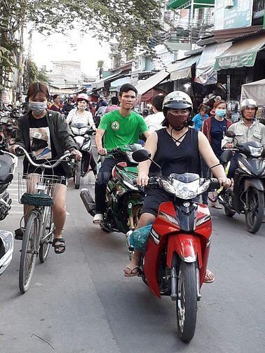 Bán nhà cấp 4, cạnh chợ xóm nghèo, đi bộ 5 phút tới KCN  Sóng Thần