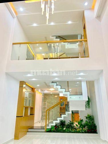 Chính chủ bán nhà P.12, Q.Gò Vấp, đúc 3 lầu, đường 6m, gần Emart mới