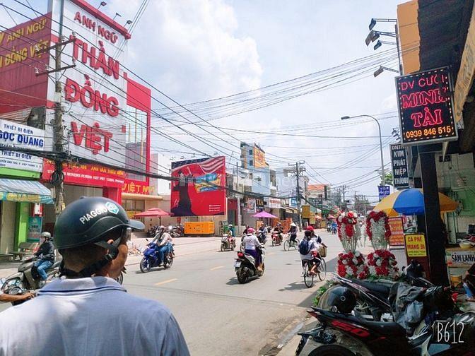 Sang gấp trà sữa mặt tiền nguyên căn Nguyễn Ảnh Thủ