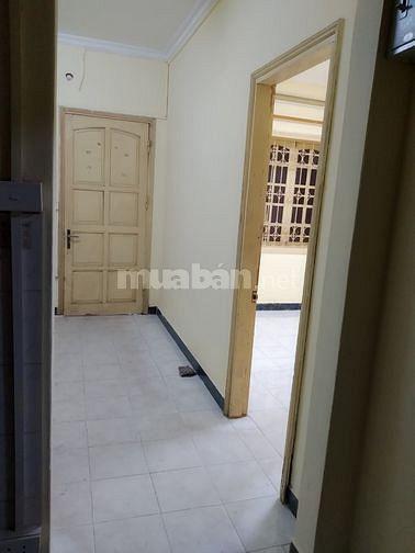 Kim Mã Nhà riêng 60m, 2 ngủ, 1 khách, 1 bếp  ôtô đỗ cổng,   7  triệu.