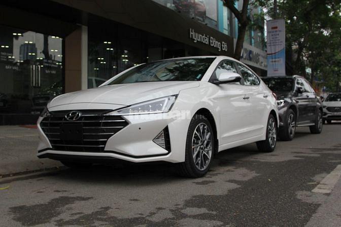 Hyundai Elantra Sport - Giá tốt - Khuyến mãi hấp dẫn