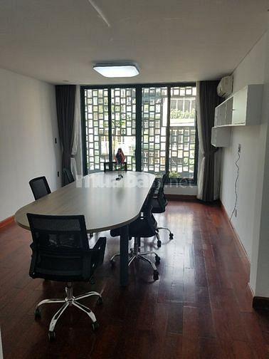 Cho thuê văn phòng đẹp MT số 147 Chu Văn An, P26, Bình Thạnh
