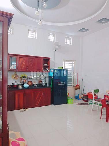 Bán nhà 2 lầu, đường 8C2, khu dân cư Hưng Phú 1