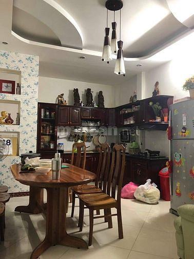 Cho thuê nhà 35/19 đường D5, Bình Thạnh, 4x20m, trệt, 3 lầu