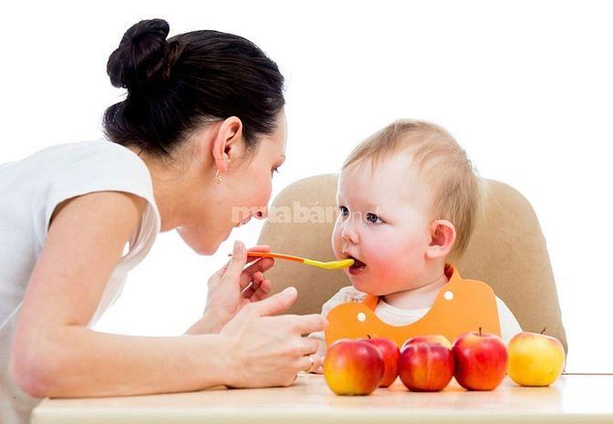 Gia đình cần tuyển gấp 2 người giúp việc : 1 người chăm sóc em bé
