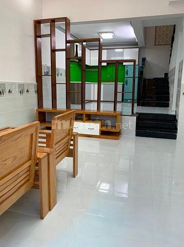 Bán bán nhà hẻm 2319 Huỳnh Tấn Phát, Nhà Bẻ, Giá 3.75 tỷ TL