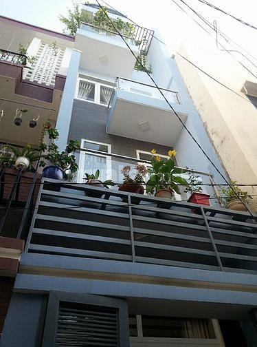 Bán nhà mặt tiền phường 12 Tân Bình 5x21m*3 Lầu Có Thang Máy.