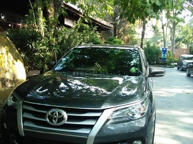 DVDL xe du lịch nhận chạy tours Du Lịch-Tham Quan- Cưới hỏi-chạy H