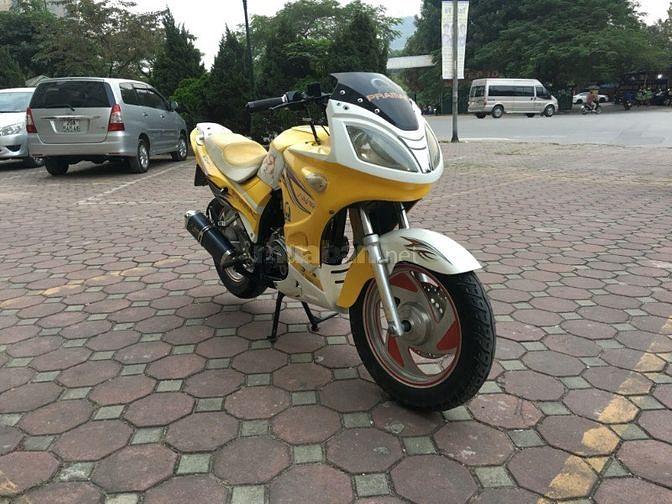 Honda CBR 150 màu vàng chính chủ biển HN