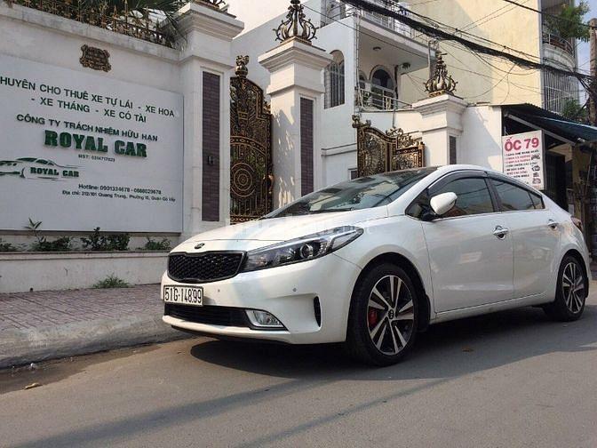 Cty TNHH Royal Car chuyên cho thuê xe oto tự lái 4c-7c