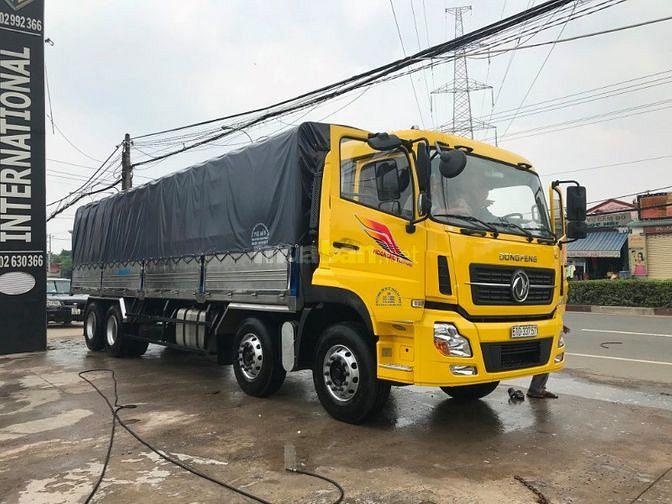 Xe tải 4 giò 20 tấn nhập khẩu nguyên chiếc Dongfeng Hoàng Huy