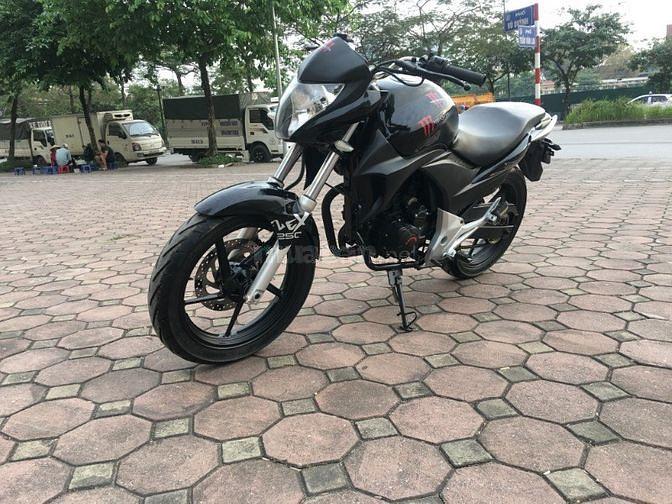 Kawasaki Z300 màu đen biển HN 2018