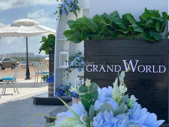 Condotel Vinpearl Phú Quốc _ Grand World kế bên Casino PQ chỉ 700triệu