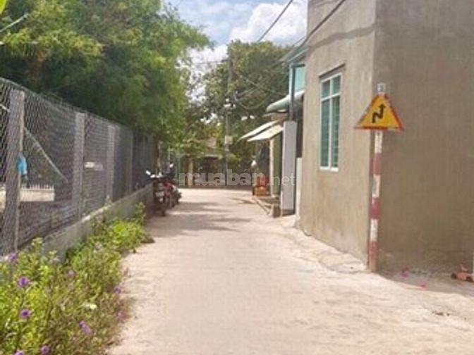 BÁN đất tặng nhà cấp 4, cách cây xăng Thạnh Phú gần 1km, Vĩnh Cửu