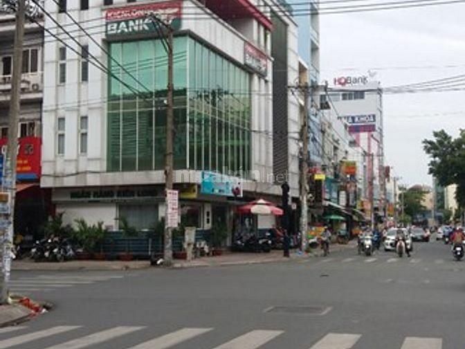 Cho thuê nhà mặt tiền đường Nguyễn Hậu, Quận Tân Phú, 8x18m, 3,5 tấm