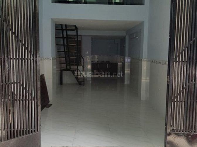 Chính chủ cần bán nhà 3 lầu hẻm 4m thông 190 Nguyễn Tiểu La Quận 10