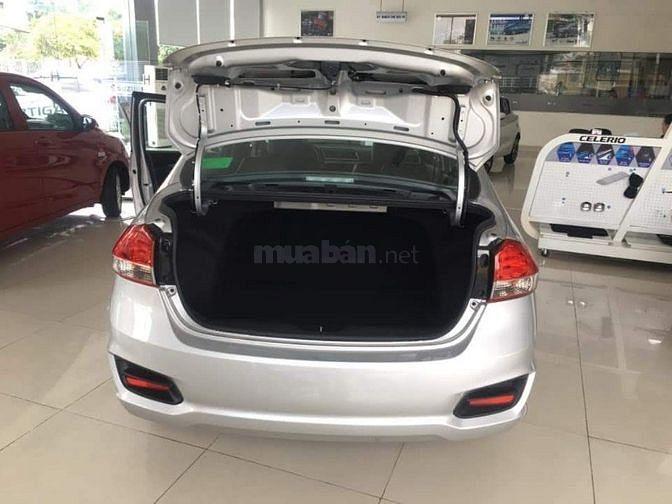 Suzuki Ciaz 2019 giảm giá đến 30 triệu số lượng có hạn