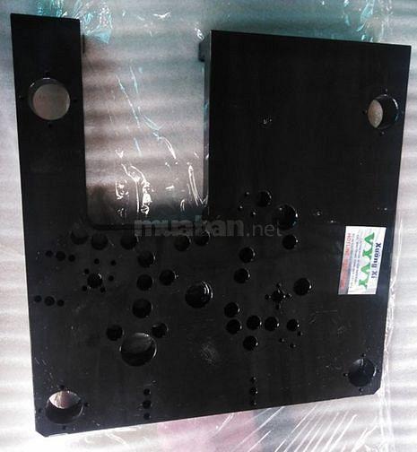 Nhận nhuộm đen thép khuôn nhựa, thép tròn, thép vuông. Đẹp như ý.