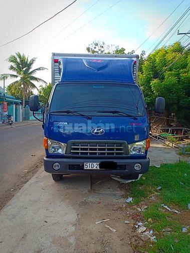 Cần bán xe tải thùng kín inox hd65 đô thành