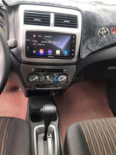 Bán Toyota Wigo 2018 tự động bảng 1.2 màu Cam rất đẹp.