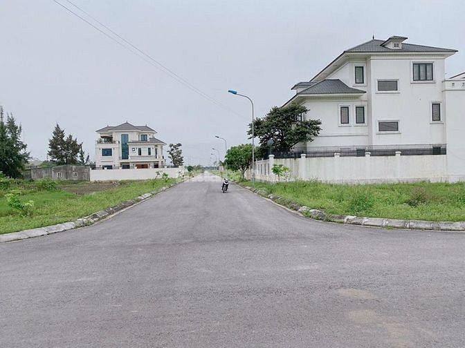 Bán Đất khu đô thị Nguyễn Sinh Cung, bám đường 30m thông thẳng ra biển