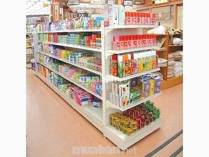 Cửa hàng tiện lợi cần tuyển gấp nam nữ bán hàng