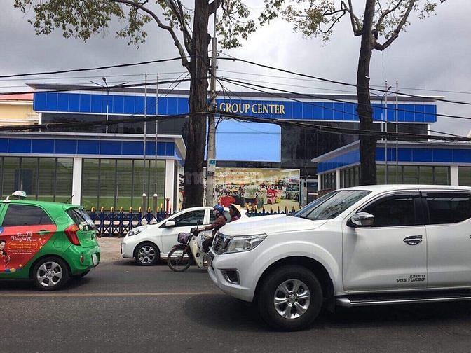 Bán nhà 2 tiền Nguyễn Trãi, DT: 7m (hậu: 7.8m) x 31m= 229m2