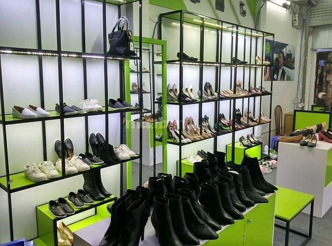 Nhượng gấp giá kệ và giày dép nữ giá rẻ!