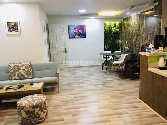 Cần bán căn hộ 590 CMT8,75m, 2PN, 2wc, Gía:2.8 ty