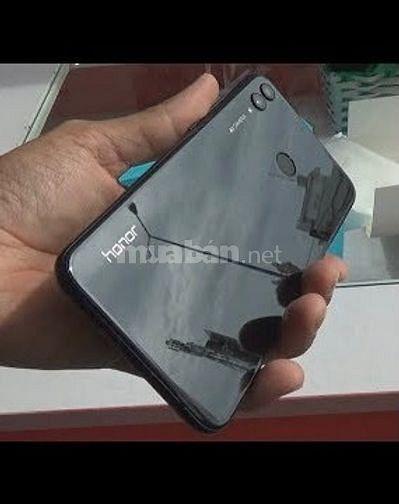 Huawei honor8x ram 4/64 cần bán máy chưa qua sửa chữa