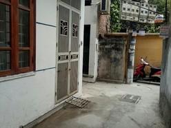 Chính chủ cần bán gấp nhà số 53 ngõ 254.101.3 Minh Khai. 30m2, mới xây